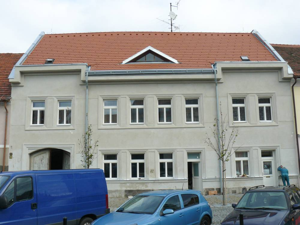 bytový dům Březnice náměstí
